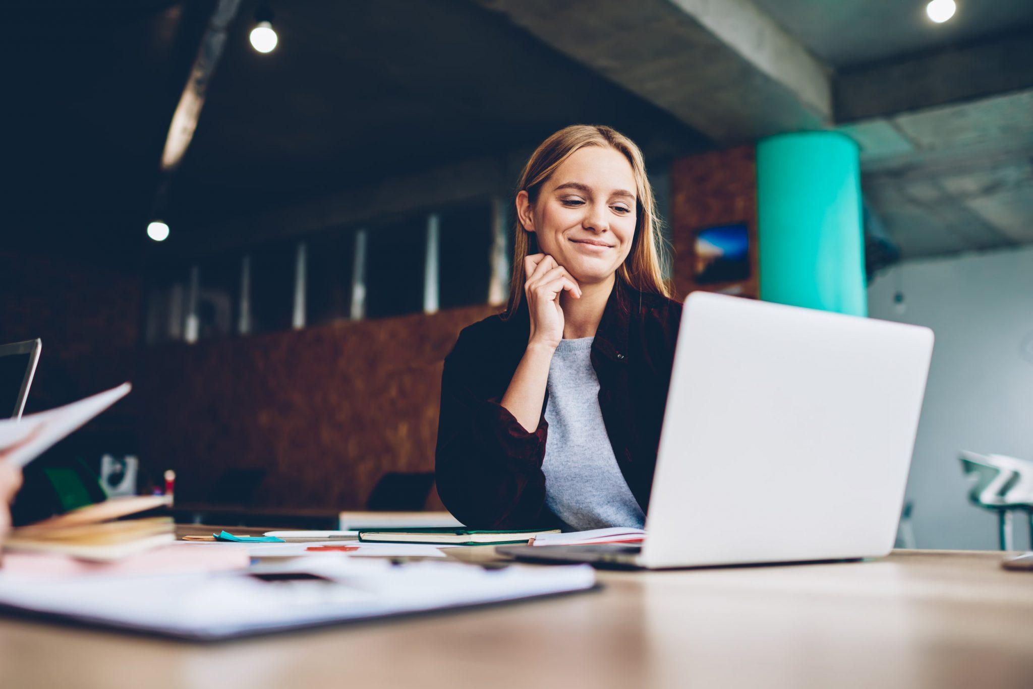 7 career advice blogs you need to follow ASAP image